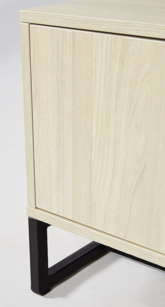 Light Maple TV Unit With Black & Gold Detailing ROOBBA
